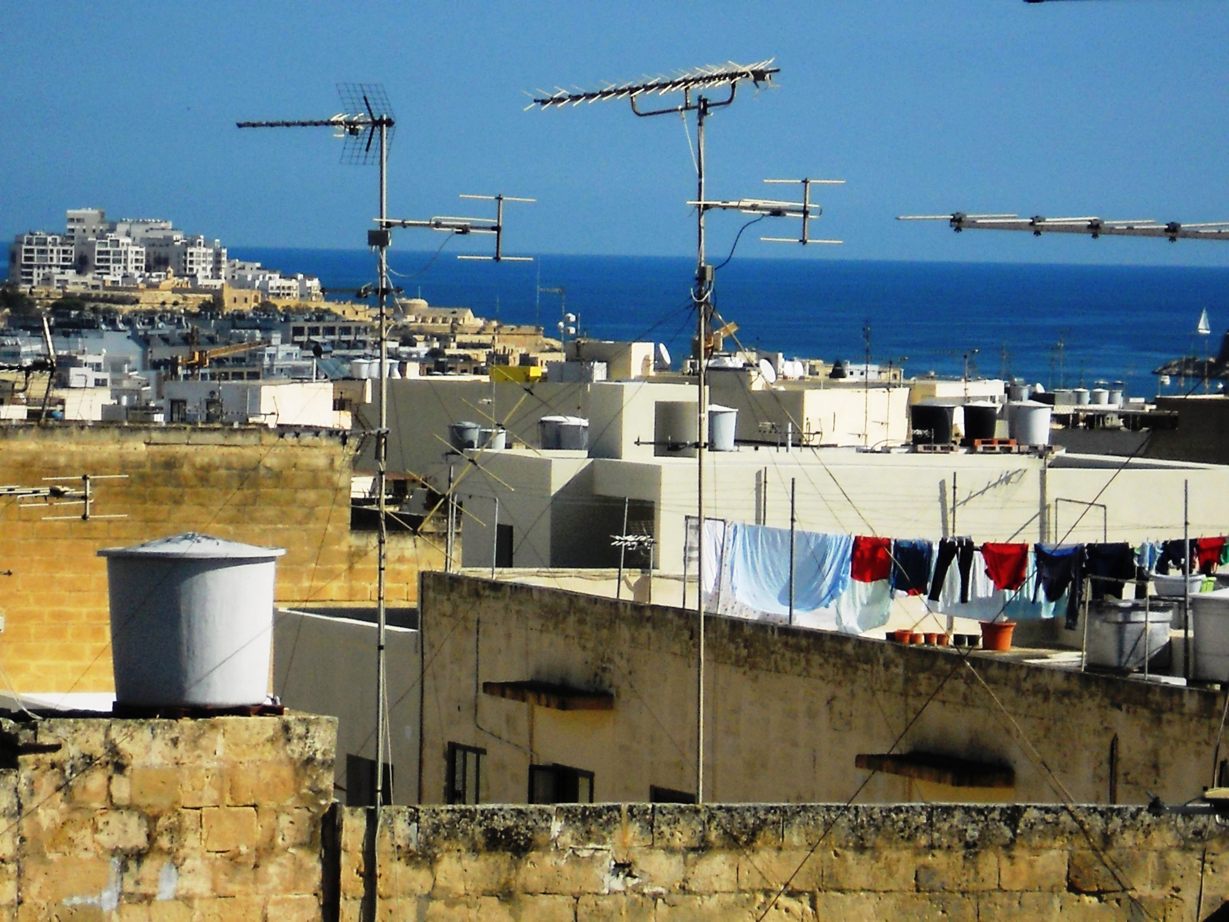 Malte linge et antennes Quelques photos de ma retraite au soleil à Malte